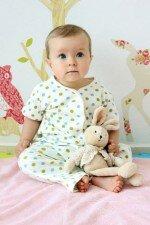 1 год ребенку: что подарить?