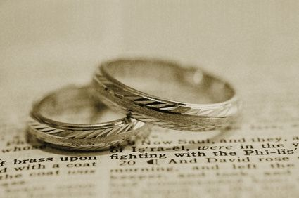 Что подарить на 25 лет свадьбы
