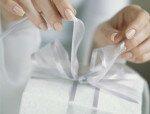 Что подарить молодым на свадьбу?